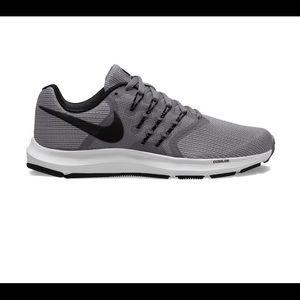 Nike Run Swift Sneakers